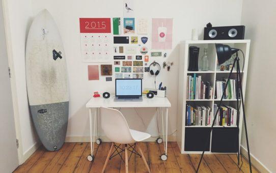 Jak dobrać krzesło do biurka dziecięcego?